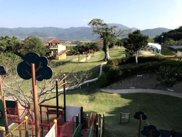 【バンナ公園こども広場】石垣島子連れ旅で遊びたい!遊具豊富な大公園