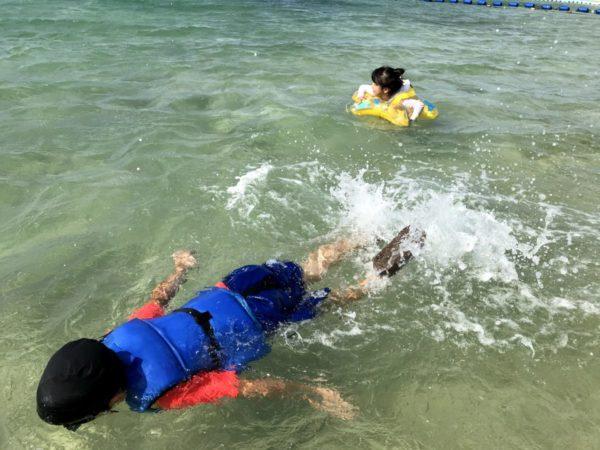 【LOGOSライフジャケット】石垣島子連れ旅で海遊びを楽しむ必需品